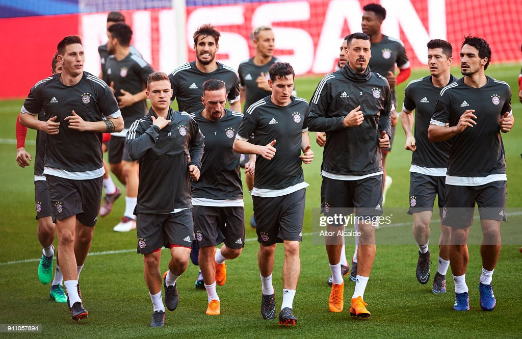 Player of Muenchen warm up during the Press Conference prior to their UEFA Champions League match against Sevilla FC at t Estadio Ramon Sanchez Pizjuan on April 2, 2018 in Seville, Spain.