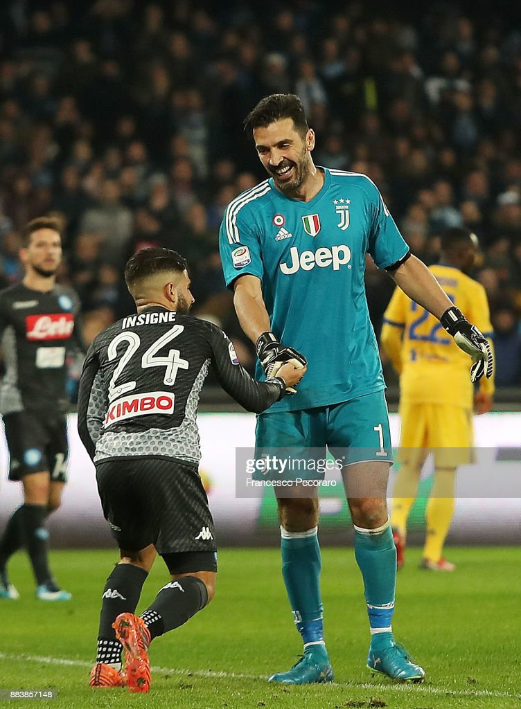 Player of SSC Napoli Lorenzo Insigne and Juventus player Gianluigi Buffon during the Serie A match between SSC Napoli and Juventus at Stadio San Paolo on December 1, 2017 in Naples, Italy.