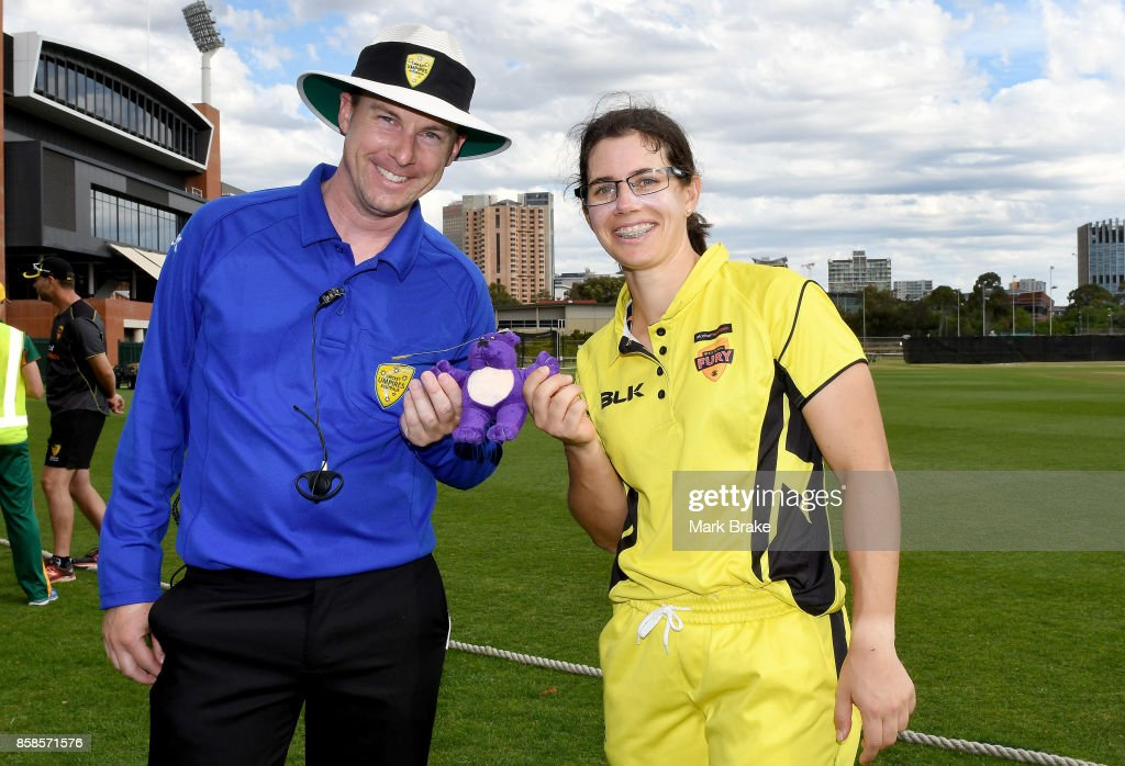 Player of the match Nicole Bolton receives the teddy bear award from umpire Luke Uthenwoldt during the WNCL match between Tasmania and Western Australia at Adelaide Oval No.2 on October 7, 2017 in Adelaide, Australia.