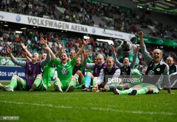 Player of Wolfsburg celebrate after winning the Women's Champions League semifinal second leg match between VfL Wolfsburg and Arsenal Ladies FC at...