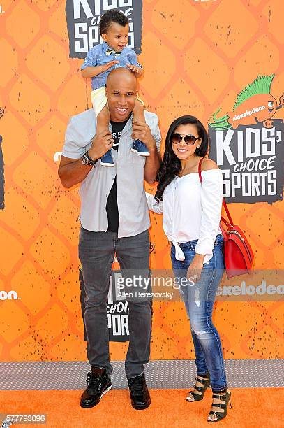 NBA player Richard Jefferson and family arrive at the Nickelodeon Kids' Choice Sports Awards 2016 at UCLA's Pauley Pavilion on July 14 2016 in...