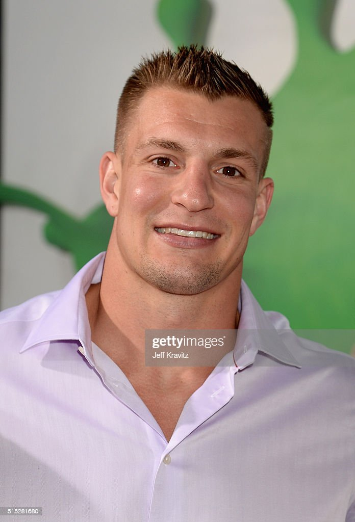 NFL player Rob Gronkowski attends Nickelodeon's 2016 Kids' Choice Awards at The Forum on March 12, 2016 in Inglewood, California.