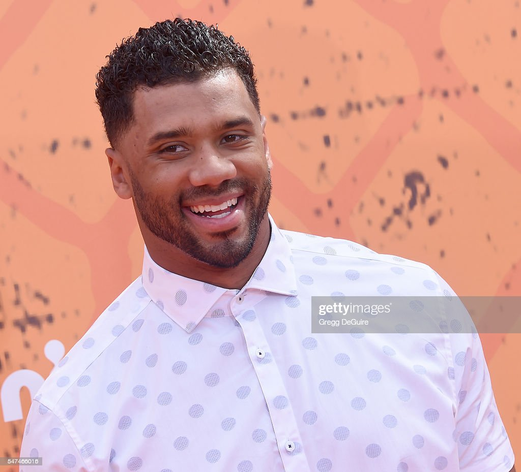 NFL player Russell Wilson arrives at Nickelodeon Kids' Choice Sports Awards 2016 at UCLA's Pauley Pavilion on July 14, 2016 in Westwood, California.