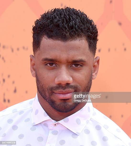 NFL player Russell Wilson arrives at Nickelodeon Kids' Choice Sports Awards 2016 at UCLA's Pauley Pavilion on July 14 2016 in Westwood California