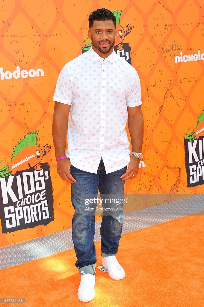 NFL player Russell Wilson arrives at the Nickelodeon Kids' Choice Sports Awards 2016 at UCLA's Pauley Pavilion on July 14, 2016 in Westwood, California.