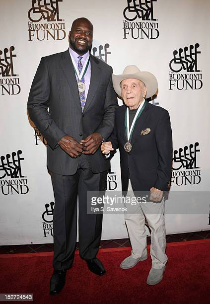 Player Shaquille O'Neal and retired professional boxer Jake LaMotta attend the 27th Annual Great Sports Legends Dinner to benefit the Buoniconti Fund...