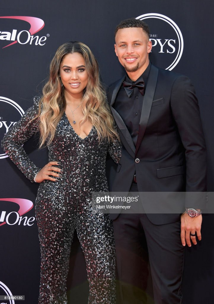NBA player Steph Curry (R) and Ayesha Curry attend The 2017 ESPYS at Microsoft Theater on July 12, 2017 in Los Angeles, California.