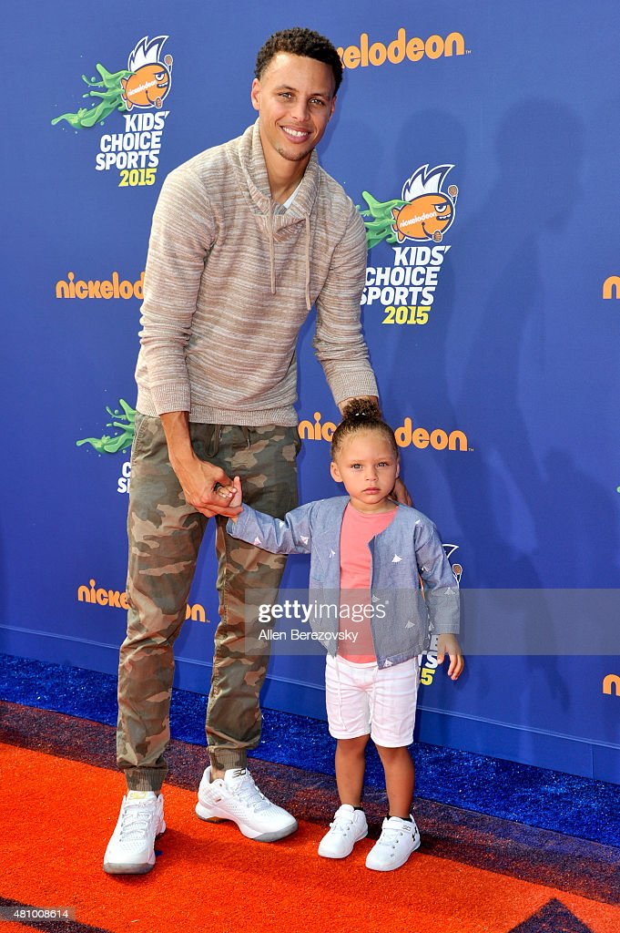 0ef9b09cd0eb NBA player Stephen Curry and daughter Riley Curry attend the... News ...