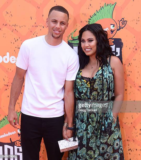 NBA player Stephen Curry and wife Ayesha Curry arrive at Nickelodeon Kids' Choice Sports Awards 2016 at UCLA's Pauley Pavilion on July 14 2016 in...