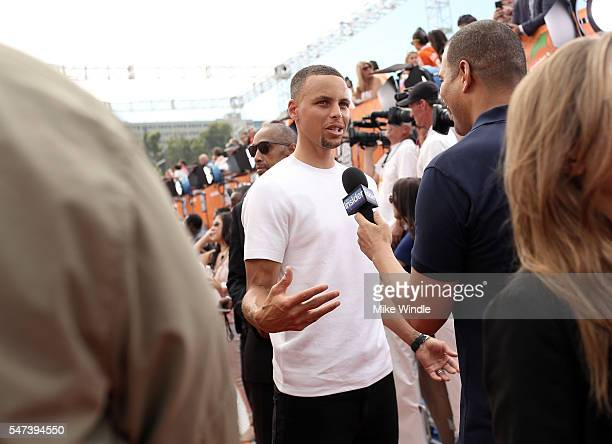 NBA player Stephen Curry attends the Nickelodeon Kids' Choice Sports Awards 2016 at UCLA's Pauley Pavilion on July 14 2016 in Westwood California
