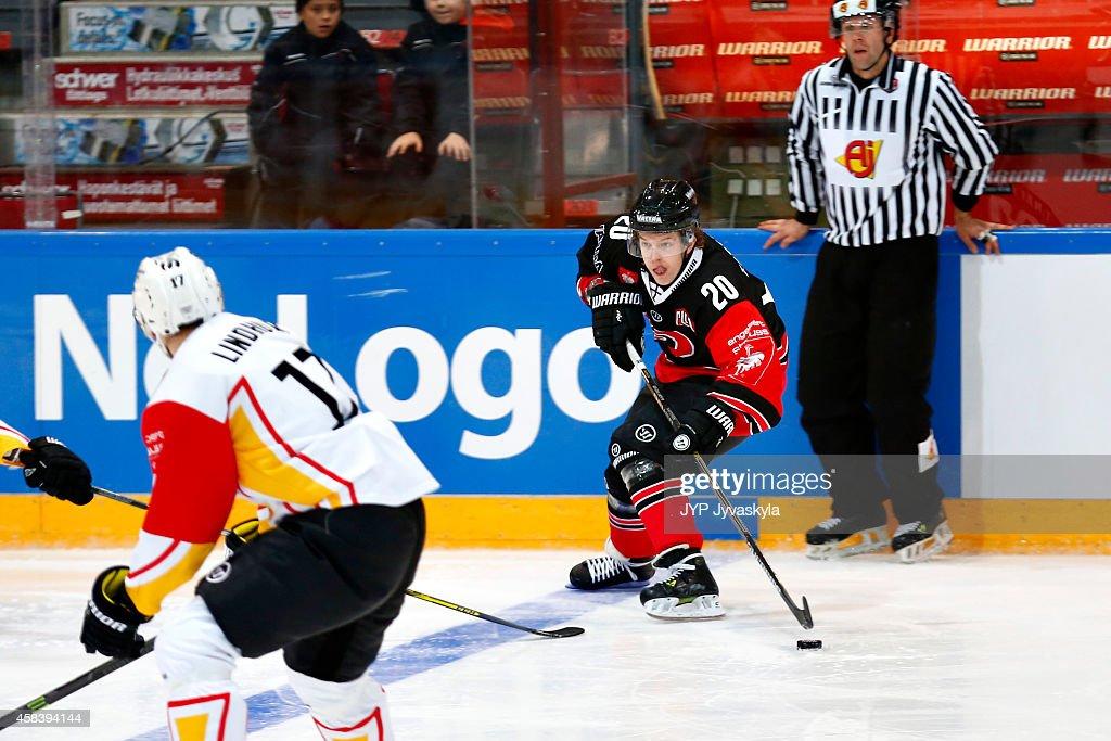 JYP Jyvaskyla v Skelleftea AIK - Champions Hockey League Round of 16 : News Photo