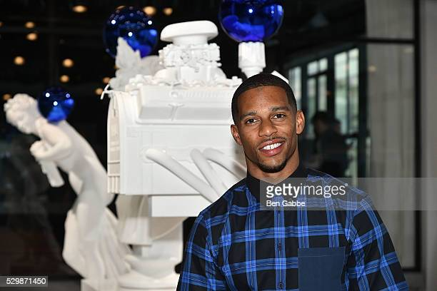 NFL player Victor Cruz attends the Jeff Koons x Google launch on May 09 2016 in New York New York