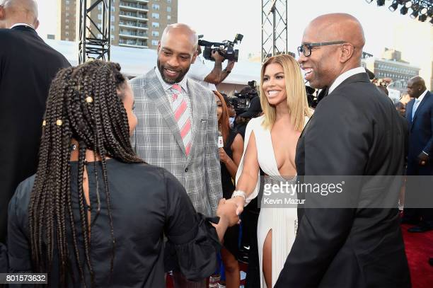 NBA player Vince Carter Gwendolyn Osborne and Former NBA player Kenny Smith attend the 2017 NBA Awards Live on TNT on June 26 2017 in New York New...