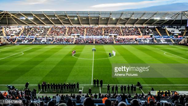 Players and Match officials applaud prior to kick off for the late Gordon Banks during the FA Cup Fifth Round match between Swansea City and...