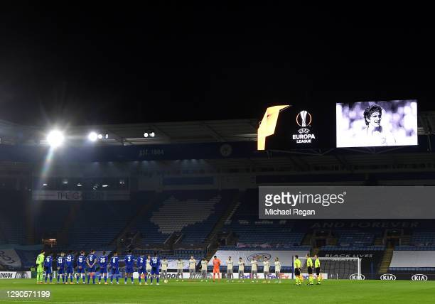 Players and Officials observe a minute of silence prior to kick off in memory of Paolo Rossi during the UEFA Europa League Group G stage match...