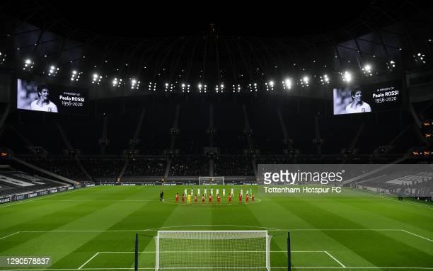 Players and Officials observe a minute of silence prior to kick off in memory of Paolo Rossi during the UEFA Europa League Group J stage match...