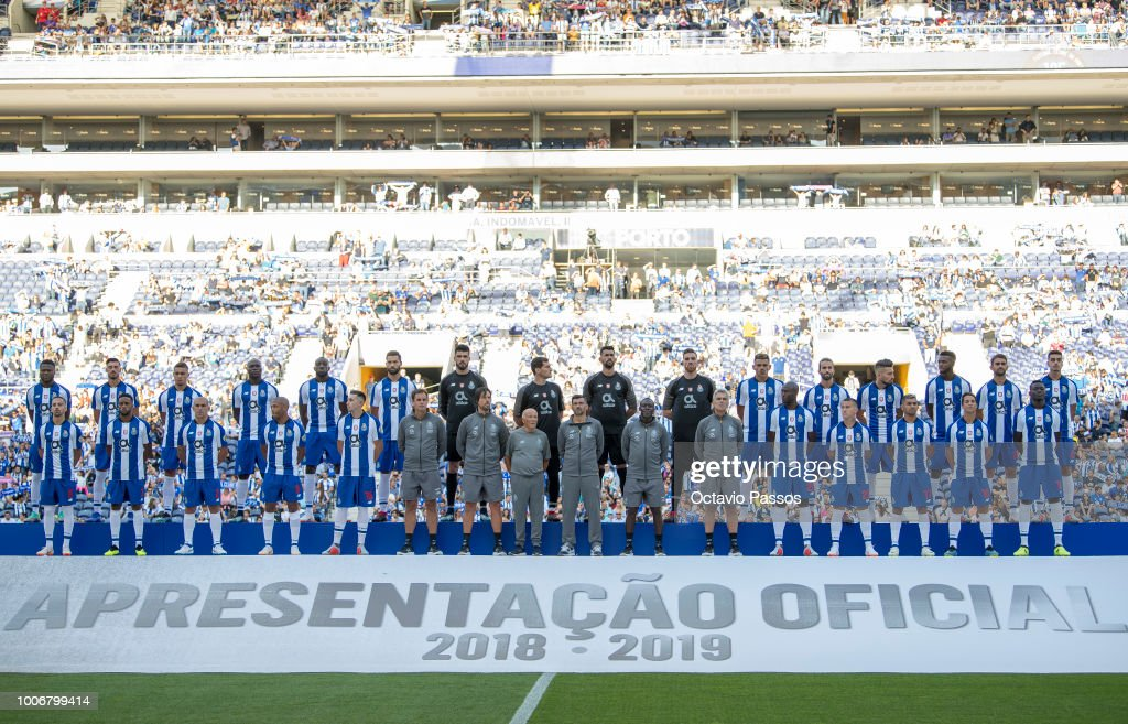 Players and staff of FC Porto during the team presentation prior to the pre-season friendly match between FC Porto and Newcastle at Estádio do Drago on July 28, 2018 in Porto, Portugal.