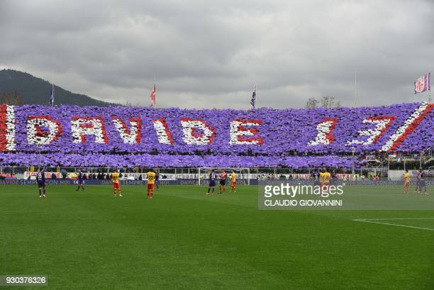 Players and supporter pay tribute to late Fiorentina's captain Davide Astori on March 11, 2018 during the Italian Serie A football match Fiorentina...