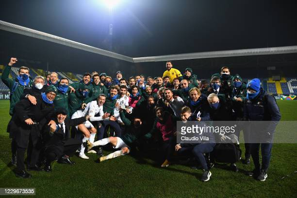 Players and team of Italy celebrate the win and qualifyng at the end of the UEFA Nations League group stage match between Bosnia-Herzegovina and...