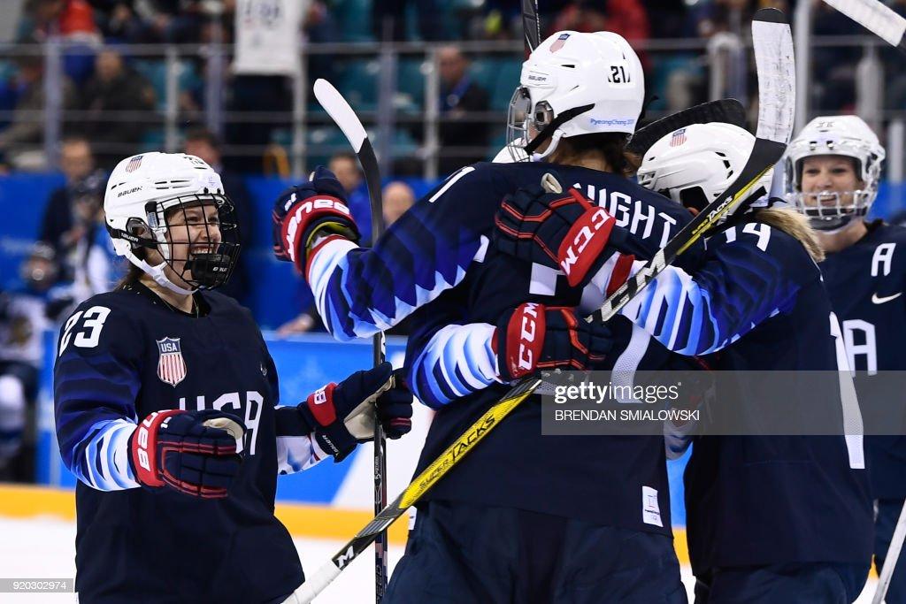 IHOCKEY-OLY-2018-PYEONGCHANG-USA-FIN : News Photo
