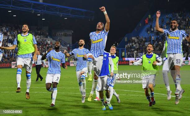 SPAL players celebrate the victory after the serie A match between SPAL and Atalanta BC at Stadio Paolo Mazza on September 17 2018 in Ferrara Italy