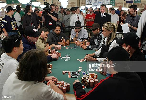 Players compete in the World Series of Poker nolimit Texas Hold 'em main event at the Rio Hotel Casino August 7 2006 in Las Vegas Nevada The main...