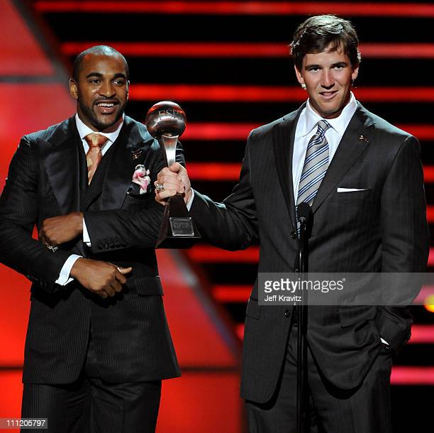 NFL players David Tyree and Eli Manning accept the award for 'Best Game for the New York Giants victory in Super Bowl XLII onstage during the 2008...