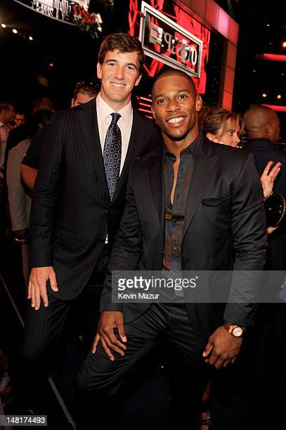 Players Eli Manning and Victor Cruz of the New York Giants attend the 2012 ESPY Awards at Nokia Theatre L.A. Live on July 11, 2012 in Los Angeles,...