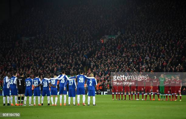 Players Fans and officals take part in a minute of applause for Davide Astori who died this week during the UEFA Champions League Round of 16 Second...