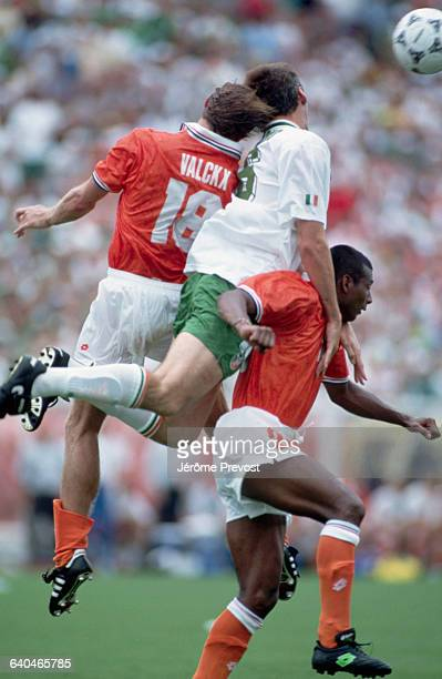Players for Ireland and the Netherlands compete in the 1994 World Cup Football Championships