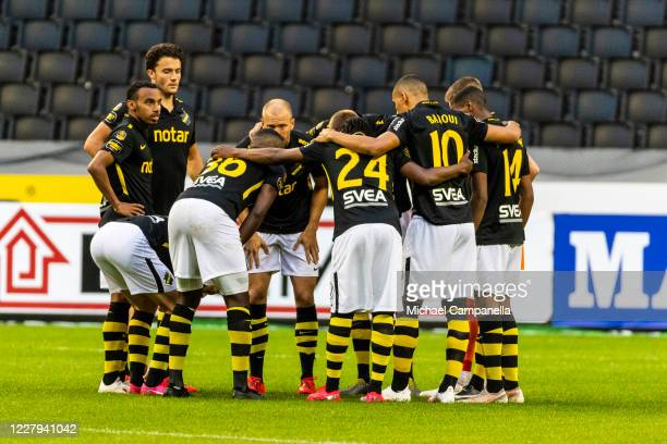 Players from AIK huddle together during the Allsvenskan match between AIK and IF Elfsborg at Friends Arena on August 6, 2020 in Stockholm, Sweden.
