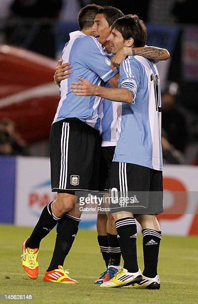 Players from Argentina celebrate a goal BUENOS AIRES ARGENTINA JUNE 02 Players from Argentina celebrate a goal during a match between Argentina and...