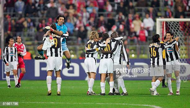 Players from Juventus celebrate after The UEFA Champions League group C match between FC Bayern Munich and Juventus at The Olympic Stadium on...