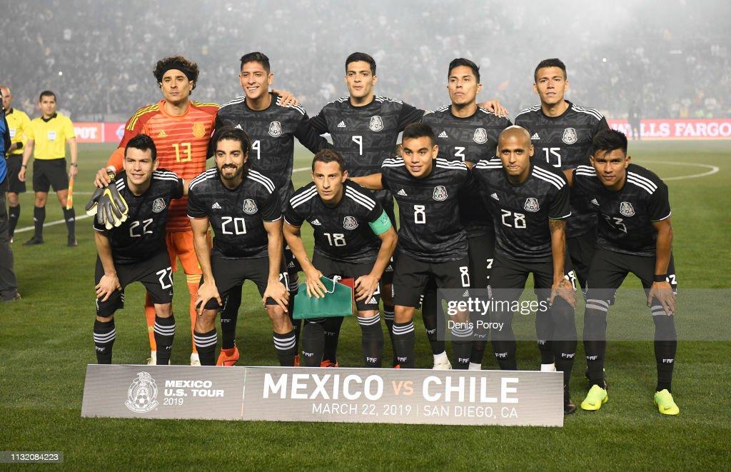 Chile v Mexico : Fotografía de noticias
