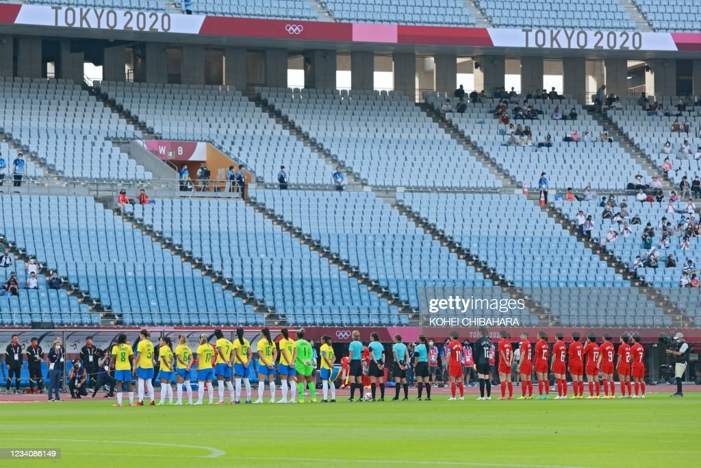 FOOTBALL-OLY-2020-2021-TOKYO-CHN-BRA : Foto jornalística
