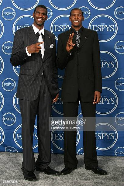 NBA players Greg Oden and Kevin Durant pose for photos in the press room during the 2007 ESPY Awards at the Kodak Theatre on July 11 2007 in...