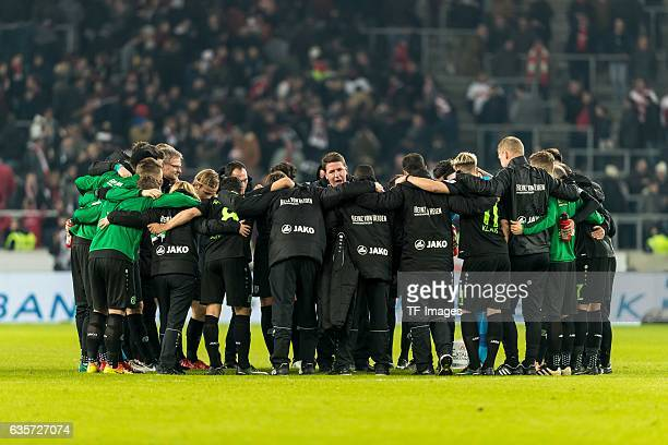 Players Hannover 96 and coach Daniel Stendel of Hannover after the Second Bundesliga match between VfB Stuttgart and Hannover 96 at MercedesBenz...