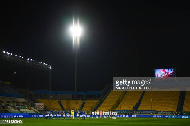 Players hold a minute's silence in homage to former Italian natoinal team players who passed away in recent months, such as Paolo Rossi, Pietro...