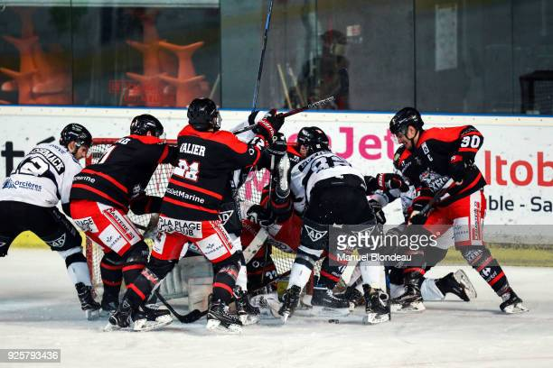 Players in action during the Magnus League Playoff match between Bordeaux and Gap on February 28 2018 in Bordeaux France