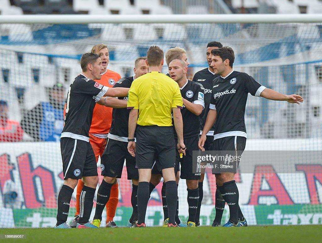Karlsruher SC v Arminia Bielefeld - Second Bundesliga