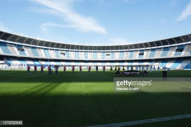 Players line up taking social distance before a group F match of Copa CONMEBOL Libertadores 2020 between Racing and Nacional at Juan Domingo Peron...