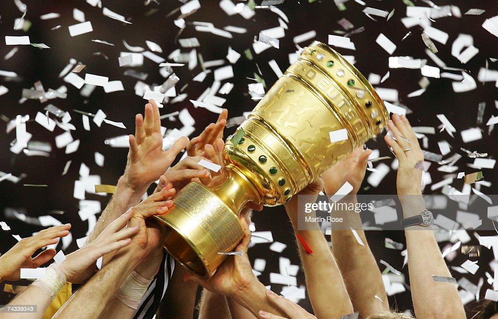 DFB Cup Final VfB Stuttgart v 1.FC Nuremberg : News Photo