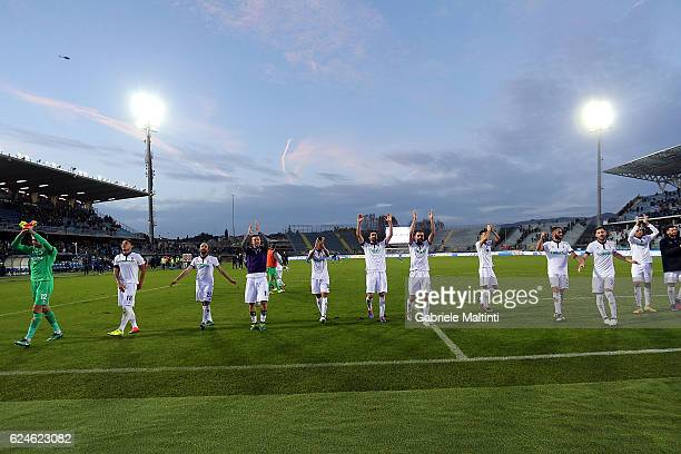 Players of ACF Fiorentina celebrates the victory after during the Serie A match between Empoli FC and ACF Fiorentina at Stadio Carlo Castellani on...