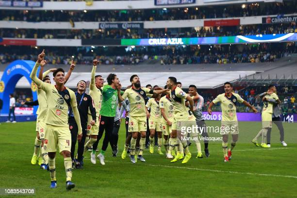 Players of America celebrate winning the championship after the final second leg match between Cruz Azul and America as part of the Torneo Apertura...