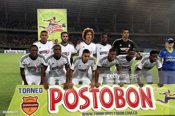 Players of America de Cali pose for a photo prior a match between Deportivo Pereira and America de Cali as part of eighth round of Torneo Postobon...