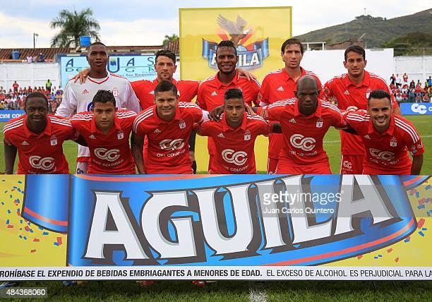 Players of America de Cali pose for a team photo prior to a match between America de Cali and Deportivo Pereira as part of sixth round of second leg...