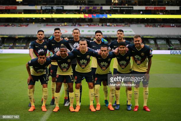 Players of America poses prior the quarter finals second leg match between America and Pumas UNAM as part of the Torneo Clausura 2018 Liga MX at...