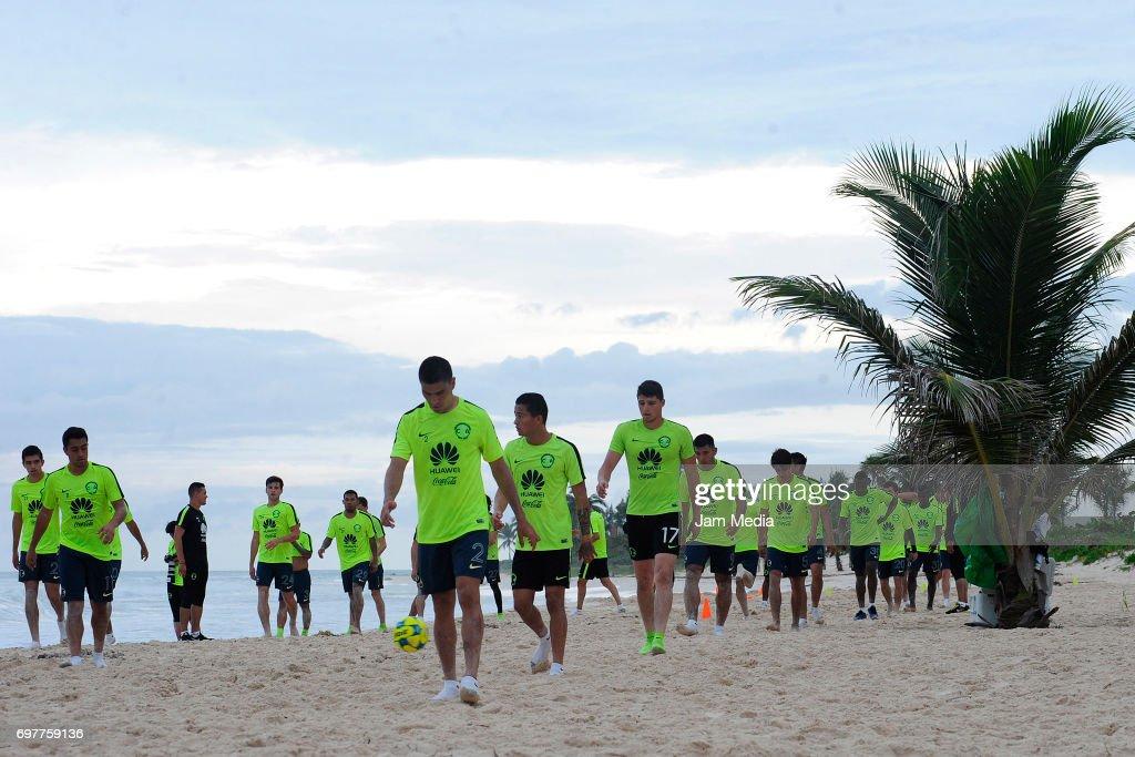 America's Pre Season Apertura 2017 Training : News Photo
