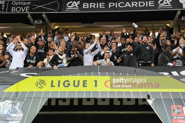 Players of Amiens celebrate victory during the Ligue 1 match between Amiens Sporting Club and EA Guingamp on May 24 2019 in Amiens France