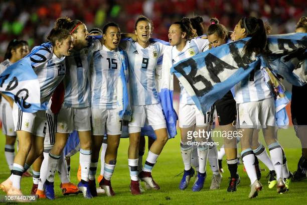 Players of Argentina celebrate after a second leg match between Argentina and Panama as part of Women's World Cup Qualifier Play Off on November 13...